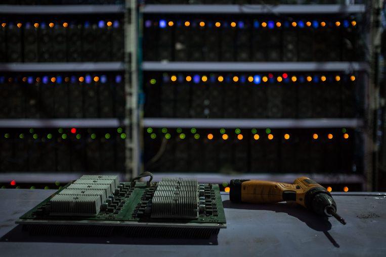 Chinese bitcoinmijnen zullen naar schatting 130,5 miljoen ton CO2 genereren tegen 2024. Beeld BELGAIMAGE