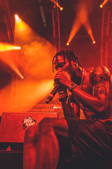 Nieuwe garde rappers floreren op Woo Hah in Tilburg