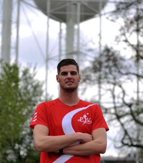 Waterpoloër Levy Kort zet met PSV in bekerfinale kroon op het seizoen