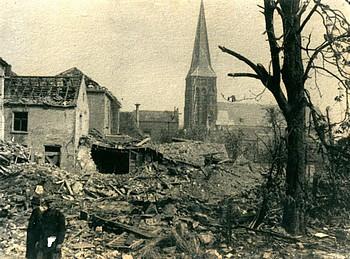 In de laatste maanden van de Tweede Wereldoorlog kreeg Zevenaar het zwaar te verduren.