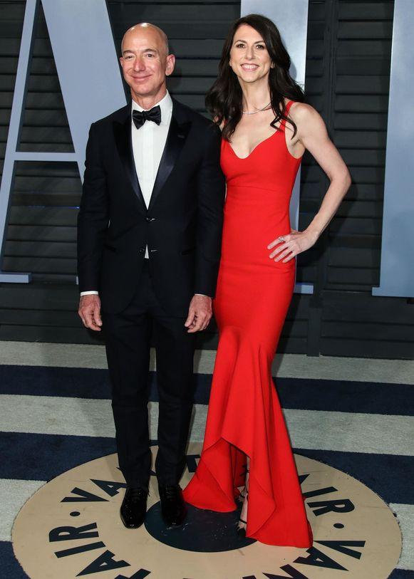 Jeff Bezos met zijn ex-vrouw MacKenzie.