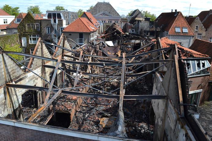 Het Palazzotheater na de verwoestende brand.
