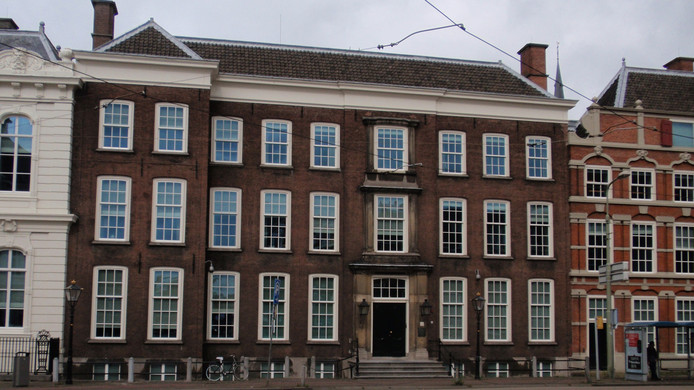Het gebouw van de Raad van State.