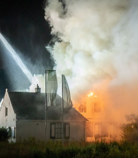 Politie heeft inwoner van De Bilt (27) op de korrel voor brandstichting in kantoorvilla van Utrechts Landschap