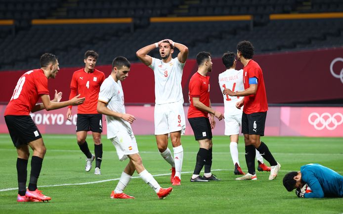 Spanje baalt. Het lukte maar niet om te scoren tegen Egypte.
