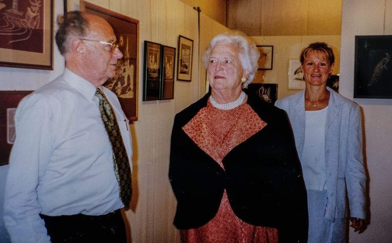 Bert Dewilde houdt goede herinneringen over aan het bezoek van George Bush sr en Roger Declerck aan ''zijn'' Vlasmuseum in Kortrijk. Eén dag later kwam ook Barbara Bush, de echtgenote van George, op bezoek.