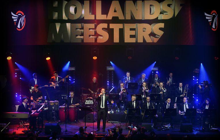 Guus Meeuwis en de New Cool Collective Big Band Beeld Marcel van den Bergh