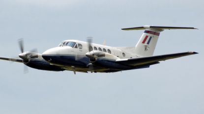 Vliegtuig vliegt hangar binnen in Texas: tien doden
