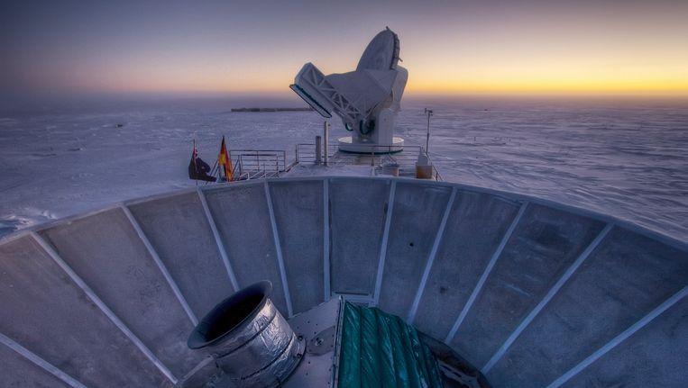 De Bicep2-telescoop op Antarctica. Beeld null