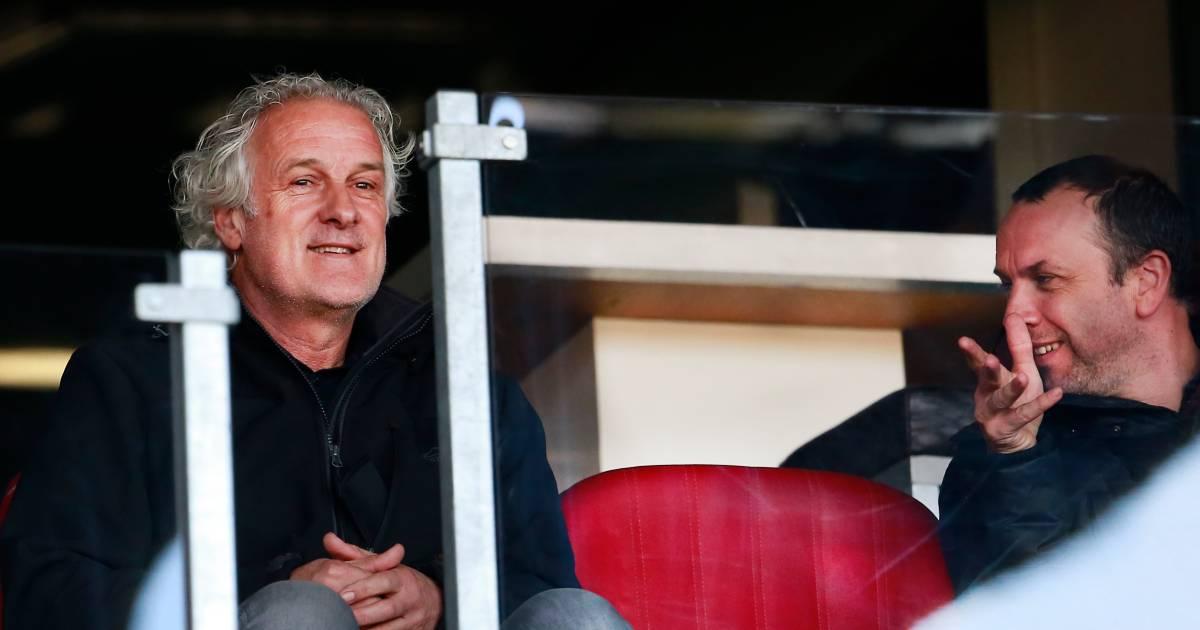 Fred Rutten bij NEC: de spiedende ogen van een trainer in ruste - De Gelderlander