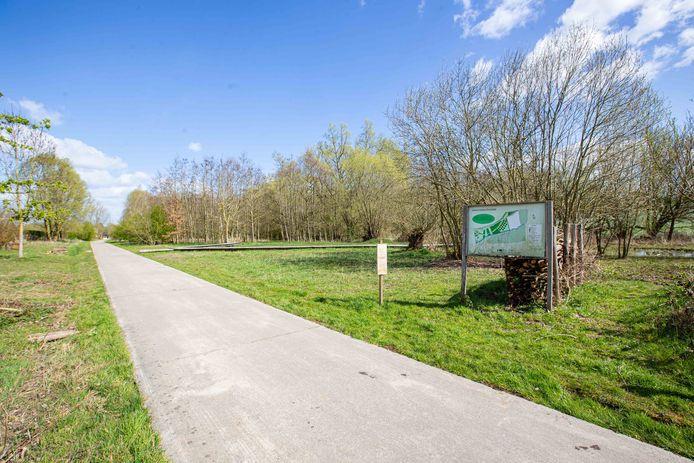 Het in memoriambos komt aan het geboortebos langs de Nederheilbeekweg.