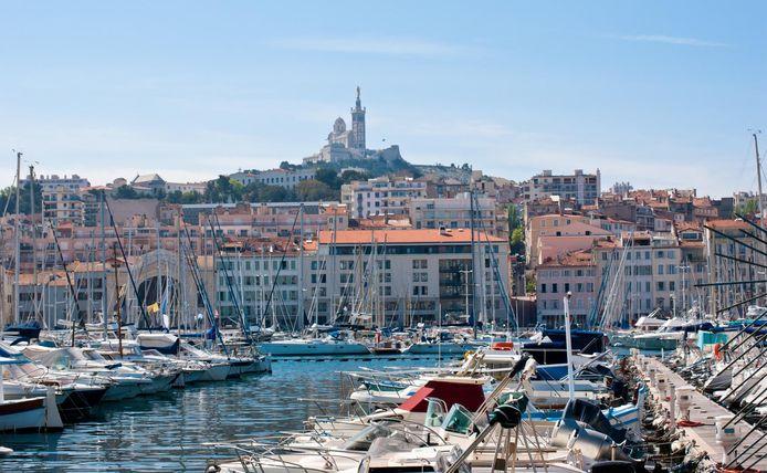 Onder meer Marseille in de Franse regio Provence-Alpes-Côte d'Azur kleurt rood vanaf 1 augustus.