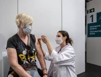 """Deze week 17.000 vaccins voor vier centra in Meetjesland: """"60 tot 70 procent kreeg ondertussen al eerste prik"""""""