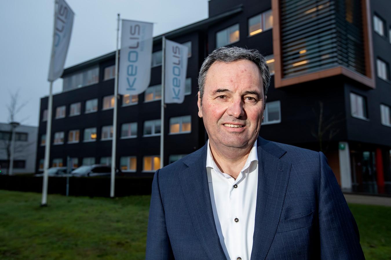 Directielid Richard Bruns uit Wierden van Keolis moest weg, maar nu zijn er twijfels over zijn medewerking aan het gesjoemel met contracten.