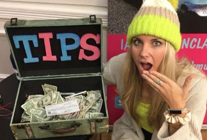 La chanteuse Morgan Clark reçoit un pourboire de 10.000 dollars à la fin de sa prestation.