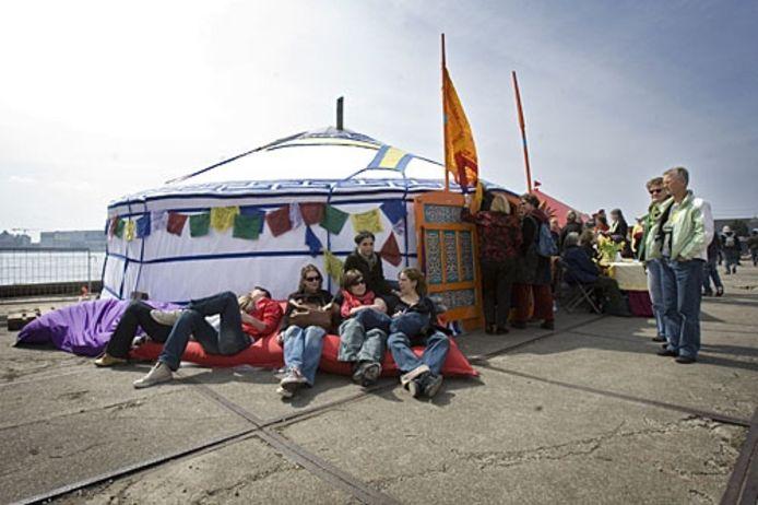 Ticket for Tibet, dit keer in Amsterdam. Foto GPD