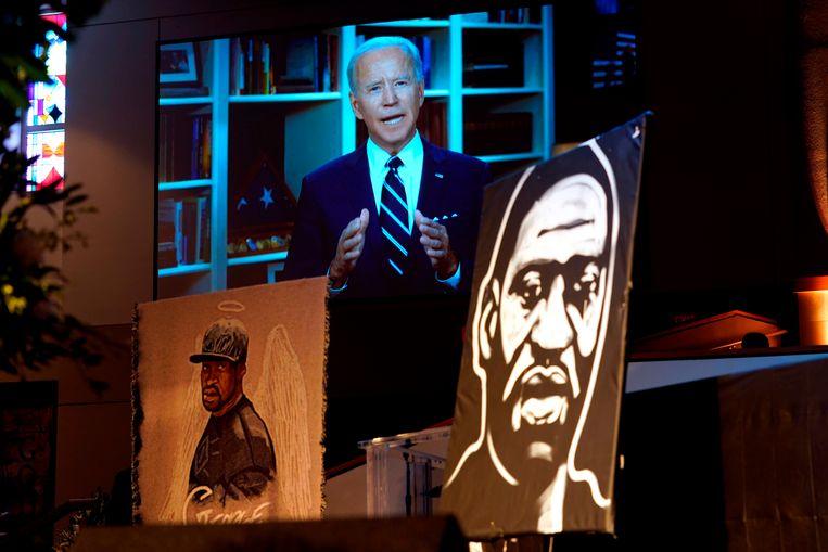 De Democratische presidentskandidaat Joe Biden sprak een videoboodschap in voor de uitvaart van George Floyd. Beeld AFP