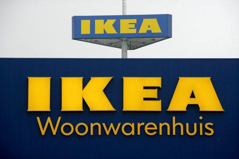 De Zweedse meubelreus Ikea slaat en zalft. Beeld BELGA