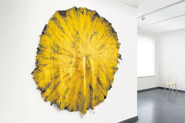 De zon van viltkunstenares Claudy Jongstra. Beeld Gerrit Schreurs