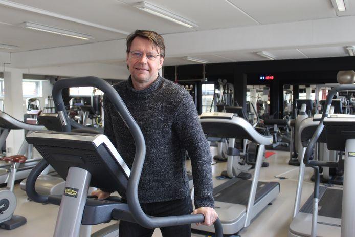 Jo Van Nevel in zijn lege fitnessclub Okinawa in Aalter.