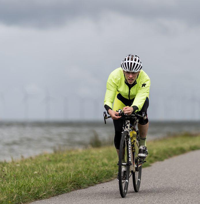 Daan Marsmans : ,,Eigenlijk kijk ik tijdens de tocht zo min mogelijk om me heen, want ik wil alleen maar zo hard mogelijk fietsen.''