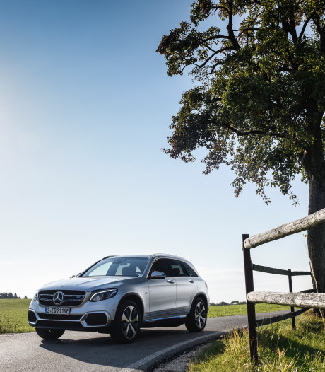 Eerste waterstof-SUV van Mercedes voelt 'vertrouwd'