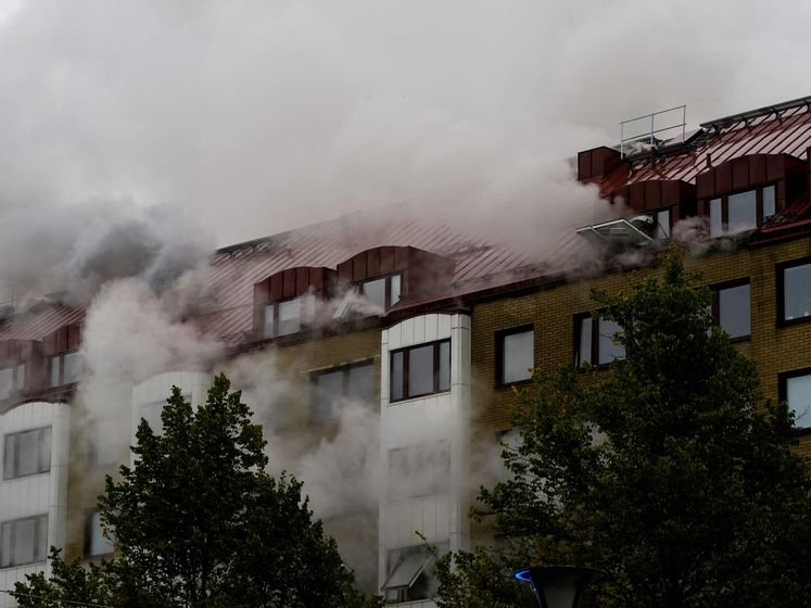 Zeker 23 gewonden na explosie flat in Göteborg