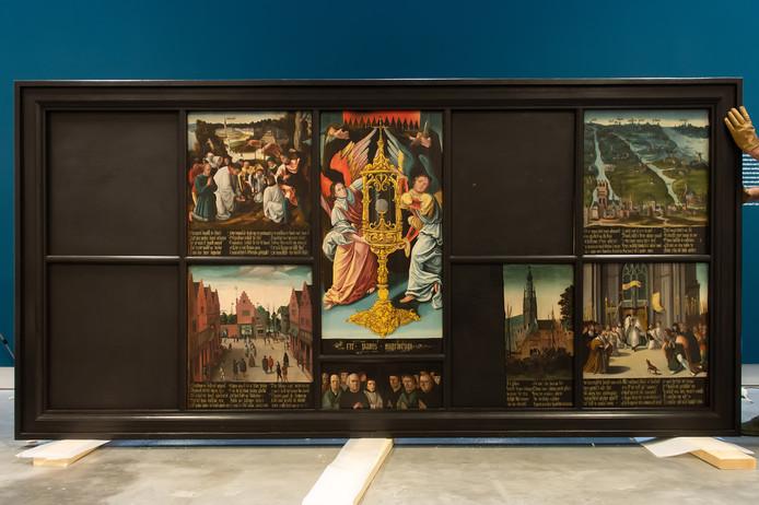 Het Niervaert retabel in Stedelijk Museum Breda.