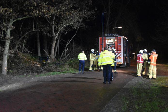 Drie ambulances en de brandweer waren bij het ongeluk in Havelte ter plaatse om de slachtoffers te helpen.