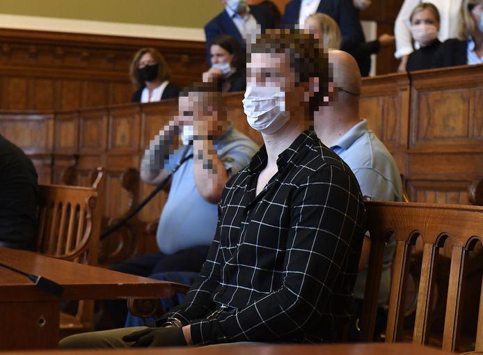 De 22-jarige Roelf B. en de 23-jarige Gert-Jan N. kregen van de zomer hun straf te horen. Het OM ging in hoger beroep.