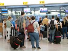 """L'Espagne en zone rouge dès demain: Test Achats dénonce des modifications """"brutales et imprévisibles"""" pour les voyageurs"""