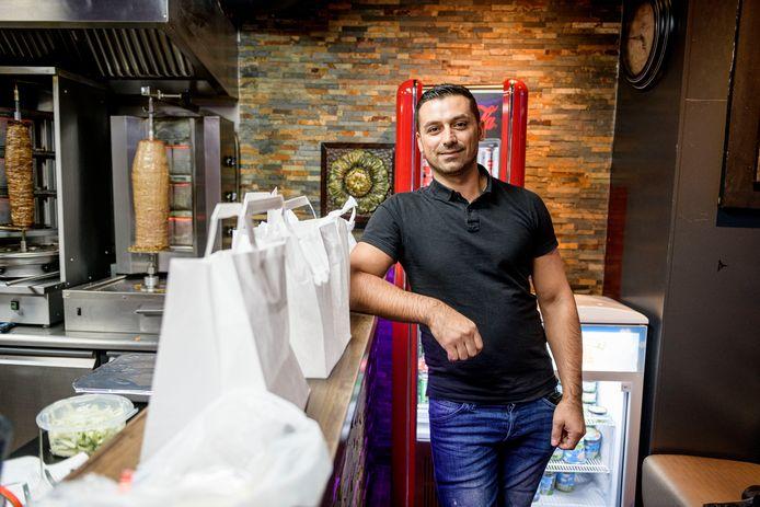"""Ablahad Lahdo - """"bijna niemand weet dat ik zo heet, iedereen noemt me Appie"""" - komt met een alternatief voor Thuisbezorgd."""