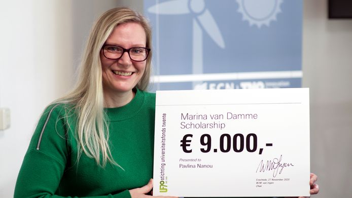 Pavlina Nanou wint de Marina van Dammebeurs voor talentvolle oud-studentes van de UT