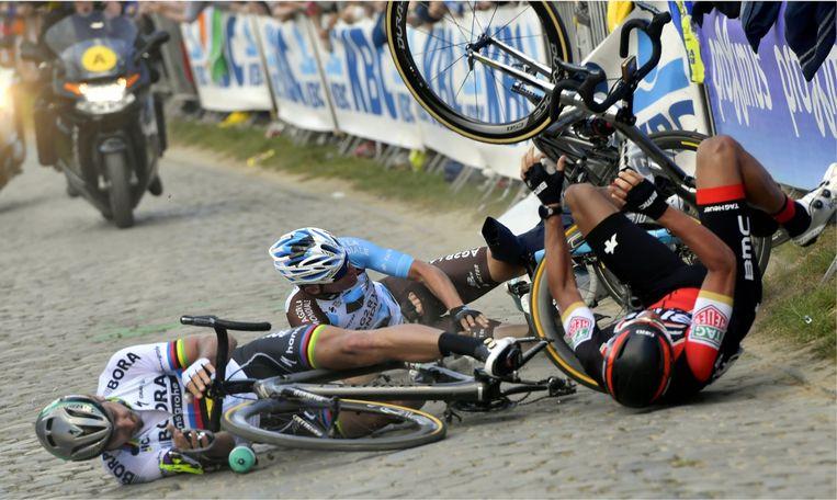 Oliver Naesen: 'Mijn val in de Ronde van 2017 is veruit het ergste moment van mijn leven. Ik heb gehuild als een klein kind.' Beeld