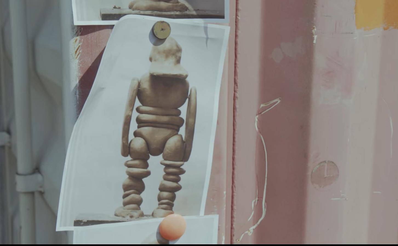 Het ontwerp van het sculptuur van Claassen in het filmpje van Lowlands.