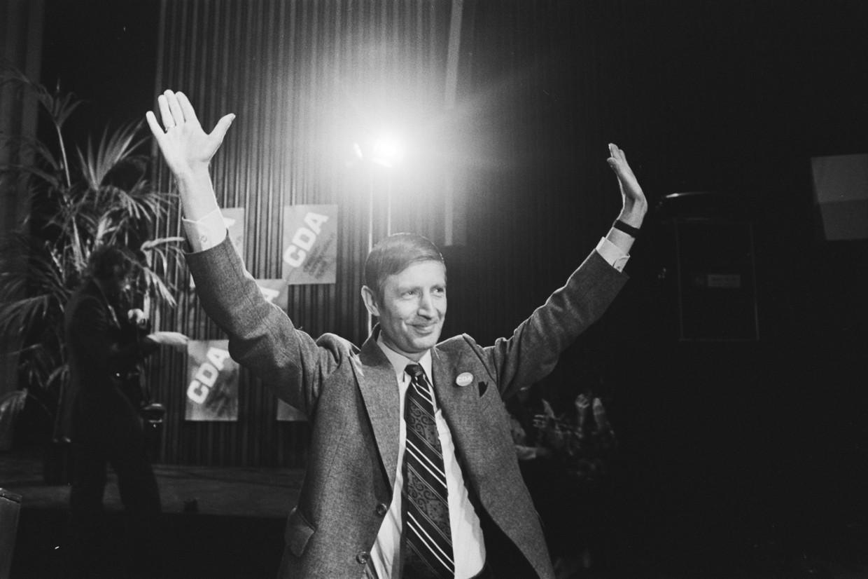 Toenmalig minister Dries van Agt tijdens het CDA-congres in 1976.