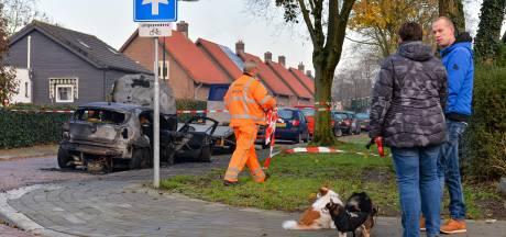Weer een auto in brand in Apeldoorn. 'Wie doet zoiets nou?'