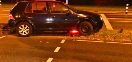 Bestuurder spoorloos na eenzijdig ongeval in Enschede