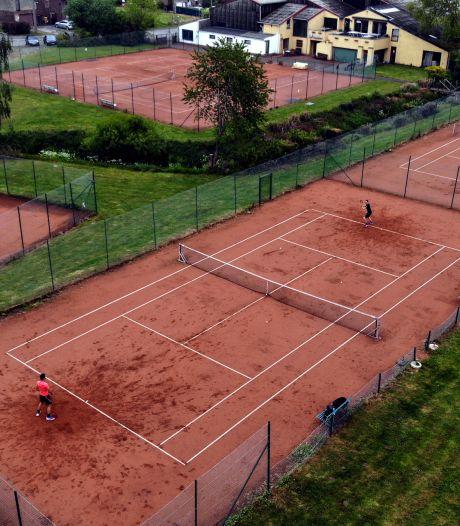 Décisions et annonces tardives: la grogne des écoles et des moniteurs de tennis