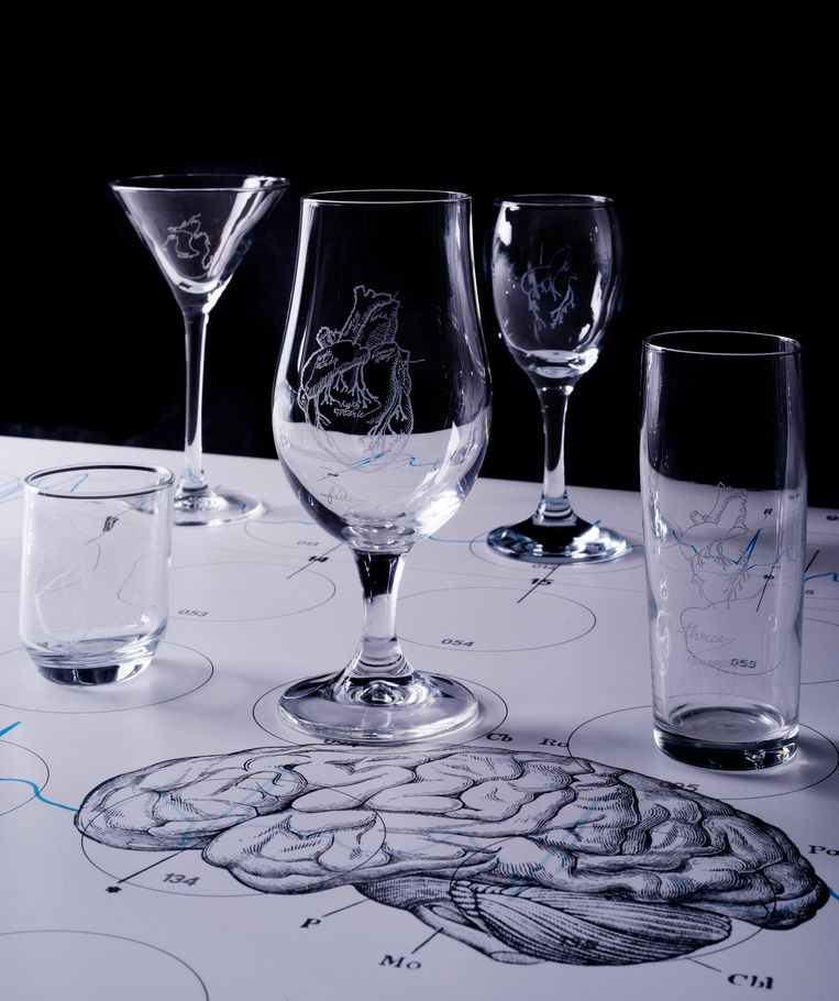 De glascollectie van Studio Makkink & Bey. Beeld Cassander Eeftinck Schattenkerk