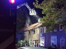 Huis onbewoonbaar na woningbrand aan Jasmijnstraat in Almelo