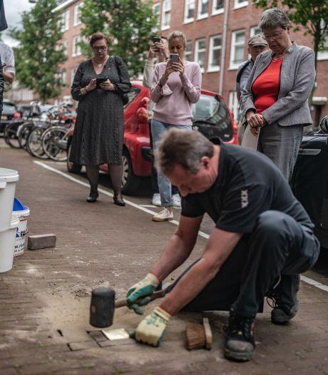 Struikelstenen voor homoseksuele oorlogsslachtoffers: 'Vervolgd en vergeten'