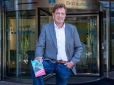 Kamervragen om boek Edese burgemeester Verhulst over 'kritische burgerjournalisten'