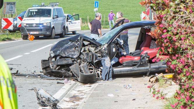 Vrouw kritiek en man uit auto geslingerd bij ongeval in Galmaarden