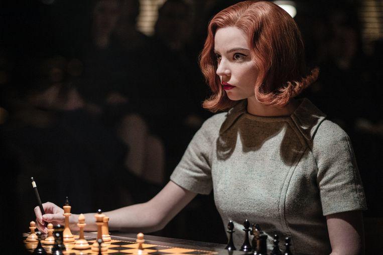 Anya Taylor-Joy in The Queen's Gambit. Beeld Netflix