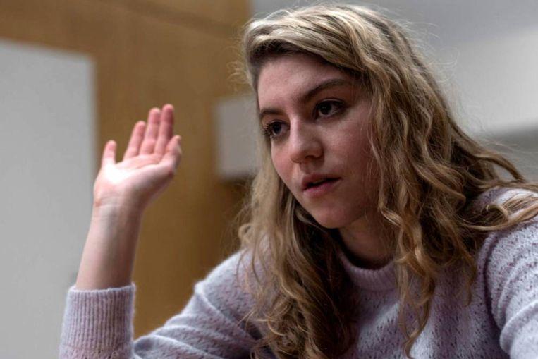 Charlotte De Bruyne speelt Holly in 'De twaalf'. Beeld rv