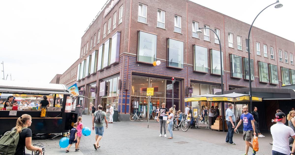 Miss Etam gaat waarschijnlijk failliet, maar winkelpand in Enschede ligt goed in de markt - Tubantia