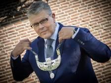 Keiharde oproep van burgemeester Staphorst blijft uit: overweeg je te vaccineren, zegt hij tegen inwoners