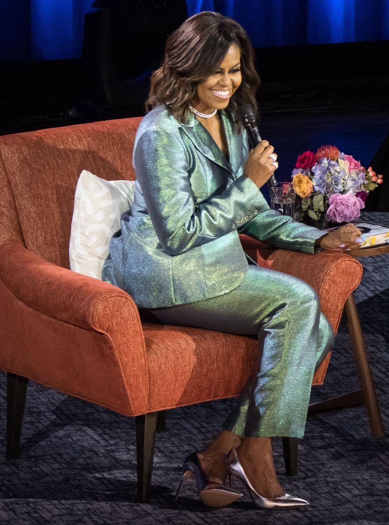 Michelle Obama in een creatie van de zwarte Amerikaanse  modeontwerper Christopher John Rogers. Beeld RV