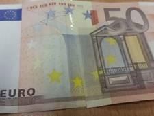 Klant betaalt met vals geld bij winkel in Velp